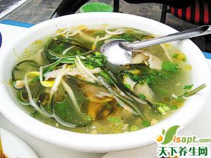 西瓜皮荷叶海蜇汤