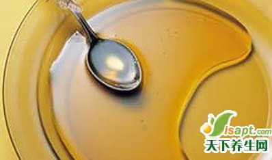 喝蜂蜜止咳比吃药管用