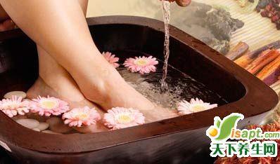 双脚凉的养生保健药浴